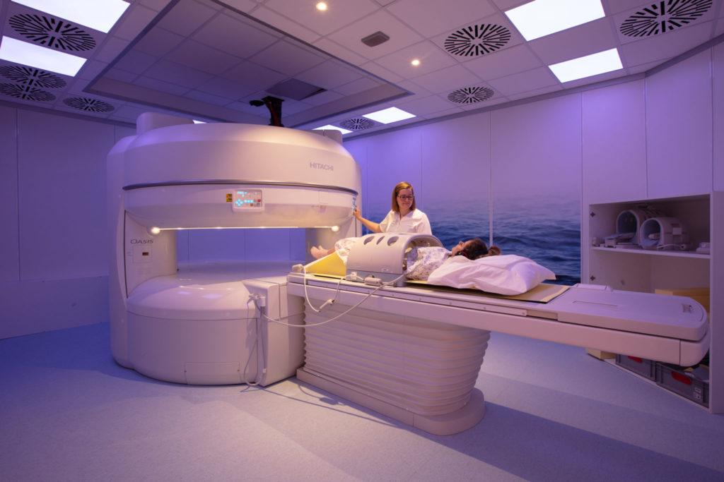 De beste tips om benauwdheid bij een MRI-scan te vermijden