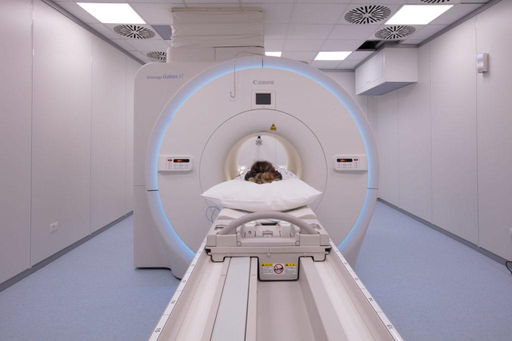 MRI-scan in nauwe tunnel? Niet bij een open MRI-onderzoek