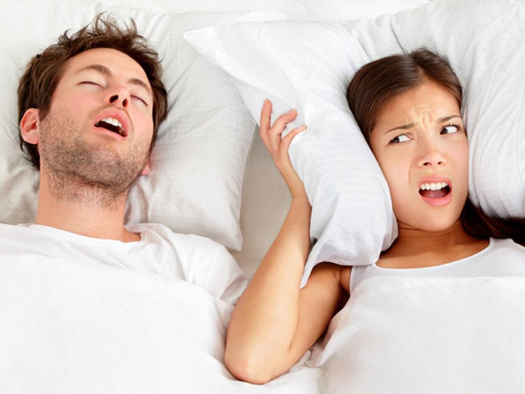10 manieren om te stoppen met snurken