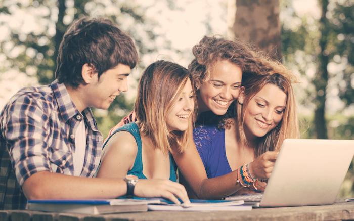 12 redenen waarom je MINDER social media moet gebruiken