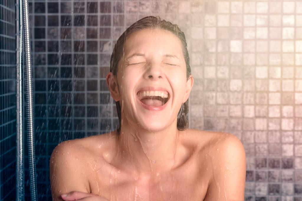 Koude douche: 13 opmerkelijke voordelen!