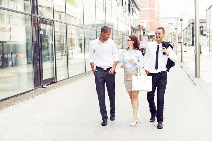 4 tips om op kantoor zo fit mogelijk te blijven