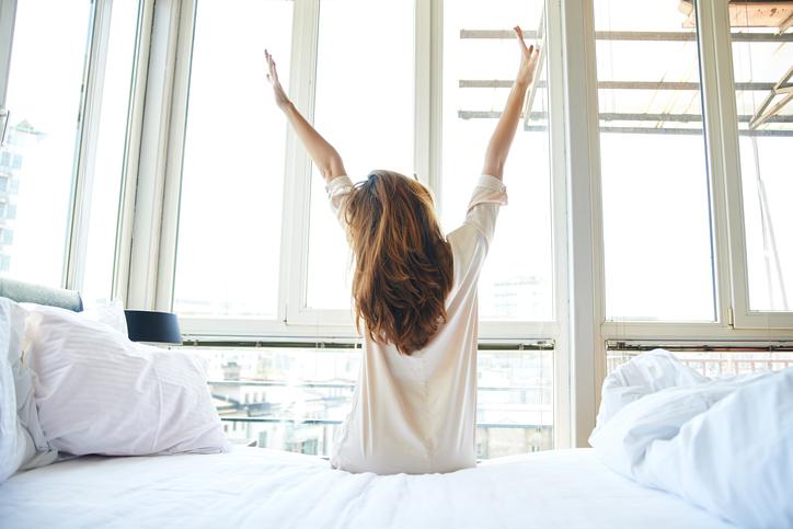 4 tips om uitgeslapen op te staan