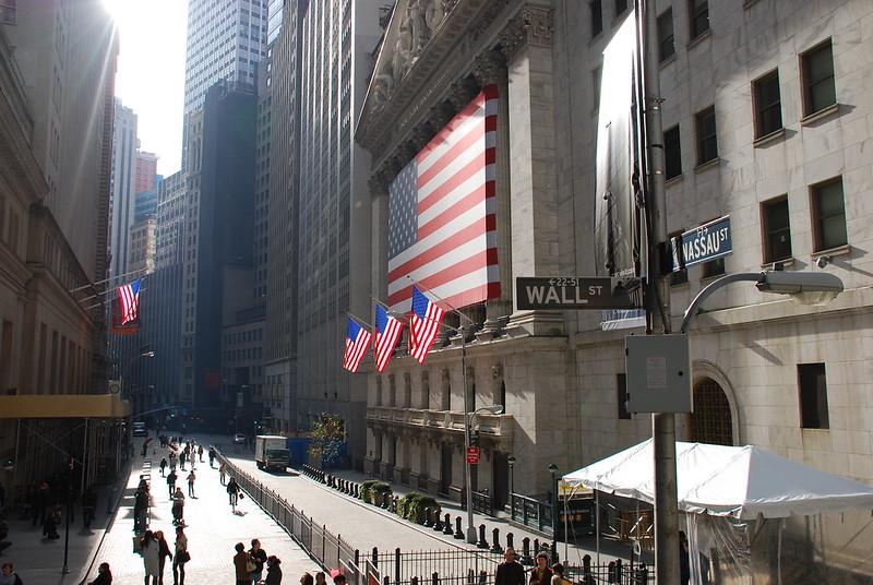 Les investisseurs se satisfont de 'seulement' 1,3 million de nouveaux chômeurs aux USA