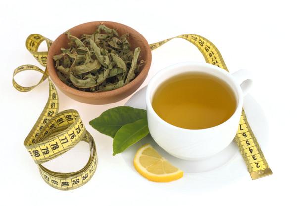 5 dingen die je moet weten over detox thee