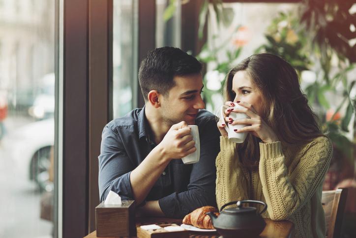 5 grote fouten die vrouwen maken tijdens een eerste date!