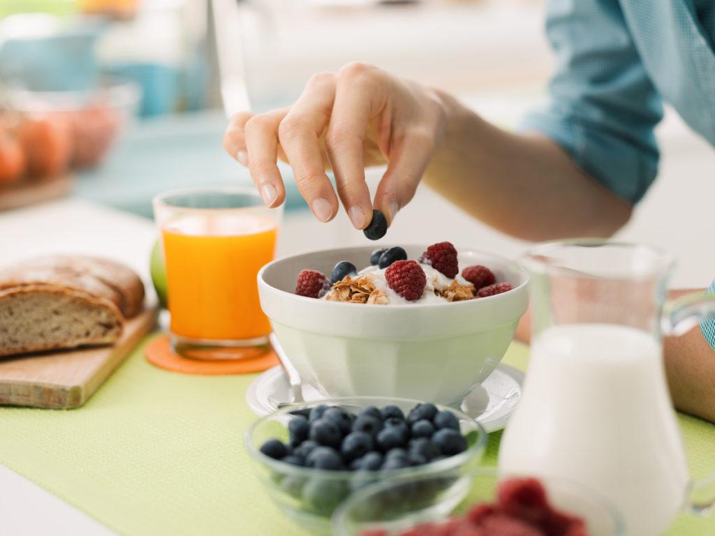 5 heerlijke manieren om je yoghurt te personaliseren