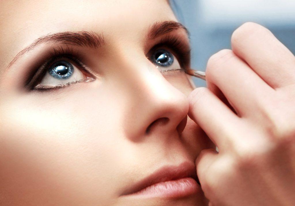5 make-up tips om je ogen groter te doen lijken