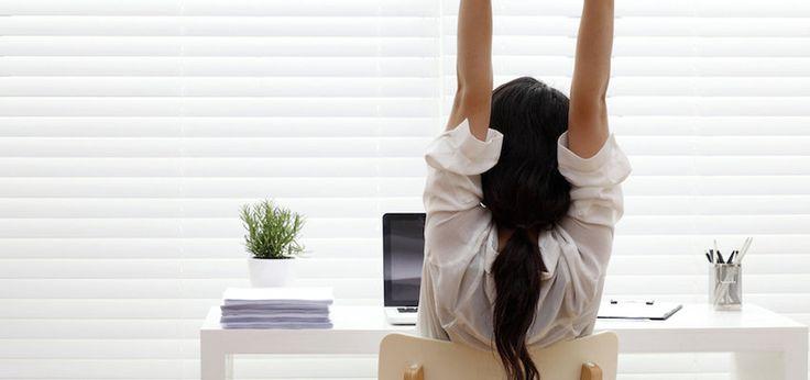5 oefeningen die je achter je bureau kan doen