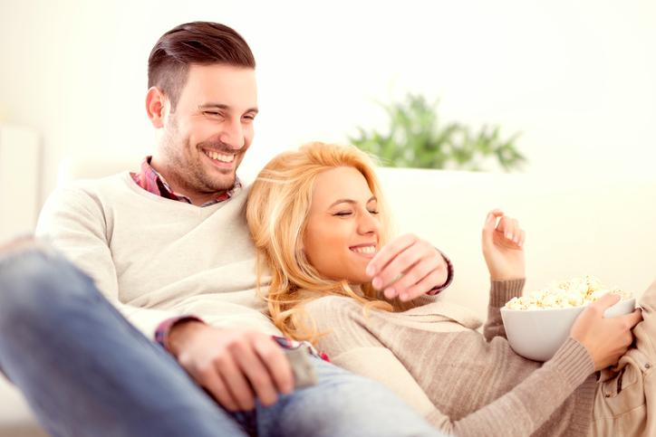 5 redenen waarom thuisblijven soms veel leuker is dan uitgaan