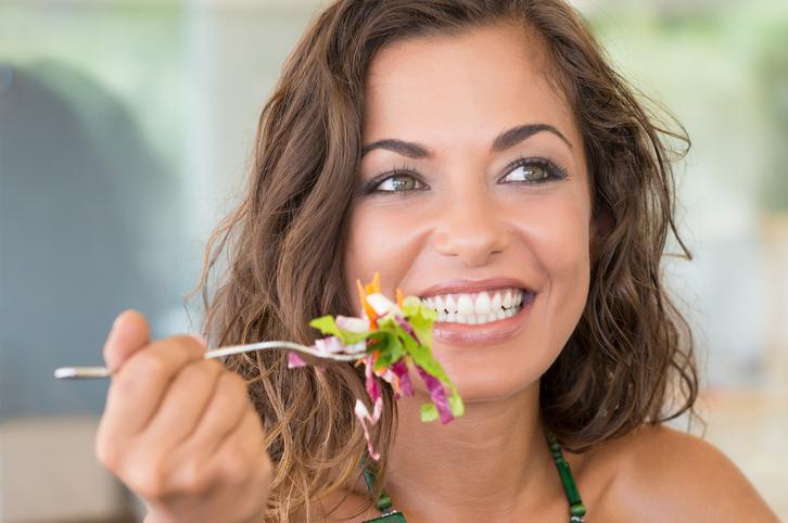 5 Slanke (en gezonde) tafelmanieren: Zo eet je je slank