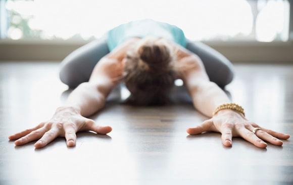 5 yoga houdingen voor een goede nachtrust