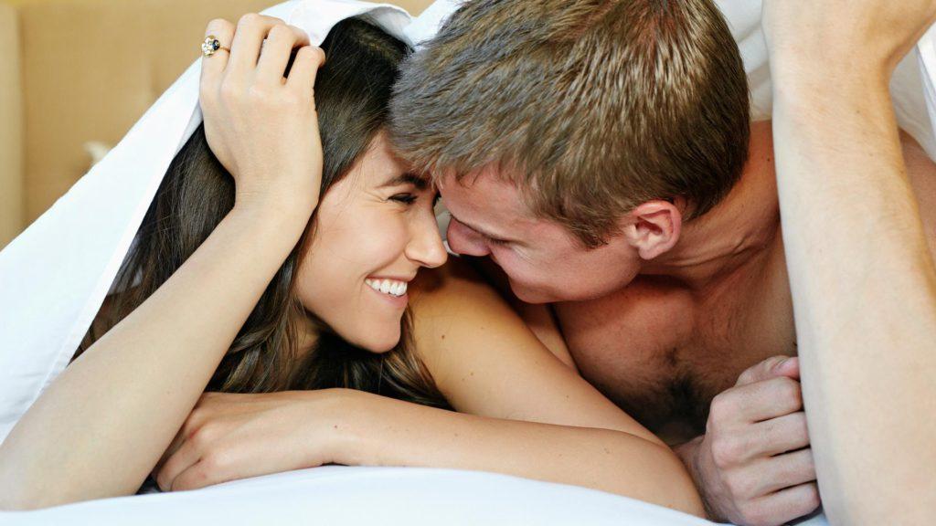 6 dingen die je moet weten over seks tijdens je menstruatie