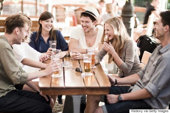 6 Redenen dat je werkvrienden beter zijn dan je real-life vrienden