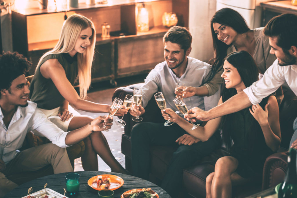6 tips voor een geslaagd feestje bij jouw thuis