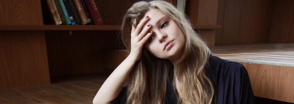7 tips om er minder moe uit te zien