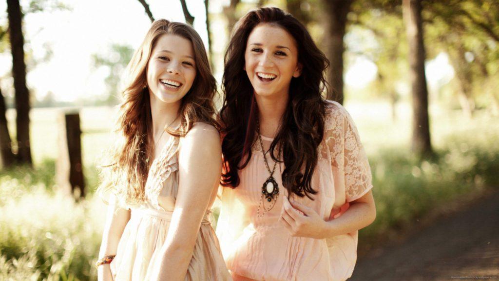 8 dingen die enkel zussen begrijpen!