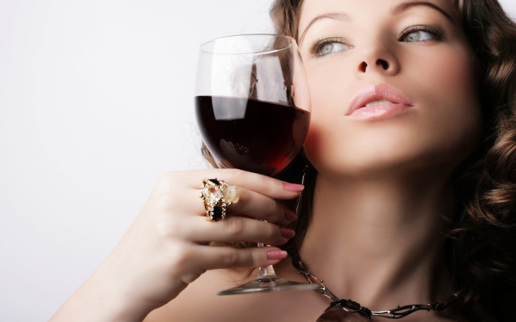 8 dingen die je zeker zult begrijpen als je wel van een wijntje houdt