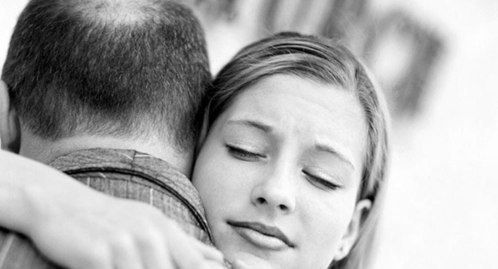 """8 signalen dat jij een """"daddy's girl"""" bent"""
