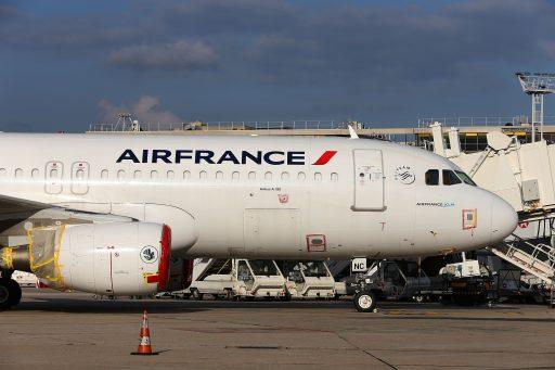 Hakbijl valt bij Air France: 7.600 jobs weg