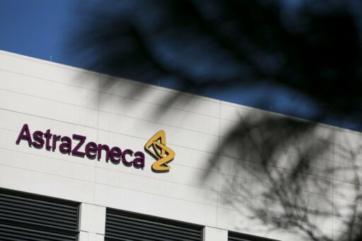 Vaccin AstraZeneca snelt naar Europese waakhond