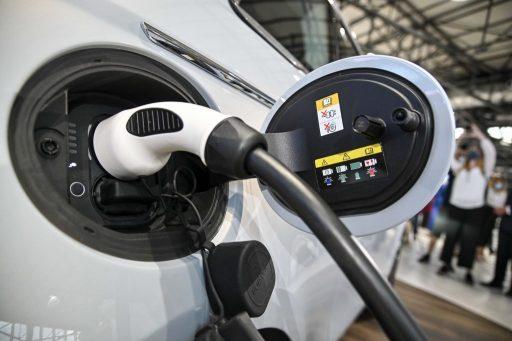 Imposer des voitures zéros émissions 'va à l'encontre du principe de neutralité technologique'