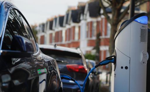 Europa wil over tien jaar minstens 30 miljoen elektrische wagens op de weg hebben