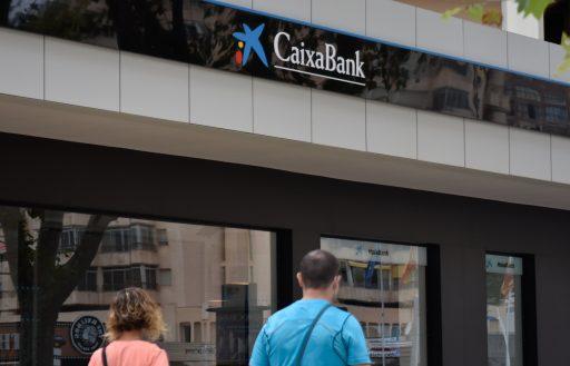 Spaanse bankenfusie zal 8.000 banen kosten