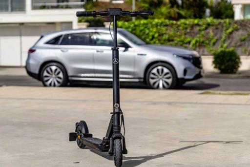 Mercedes-Benz lance un véhicule électrique 'du dernier kilomètre'
