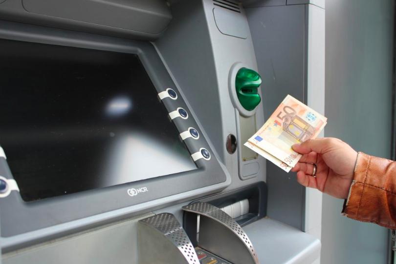 Faut-il opter pour un compte courant payant?