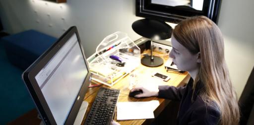 'Une entreprise sur cinq n'adhère pas au télétravail', rapporte le président du Comité de gestion SPF Emploi….depuis un studio de radio