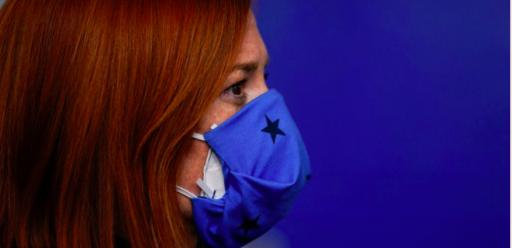 Les doubles masques buccaux offrent-ils une meilleure protection?