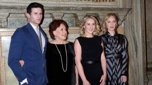 Corona bezorgt Netflix primeur: Broadway-musical eerst op streamingdienst en dan pas in de zalen