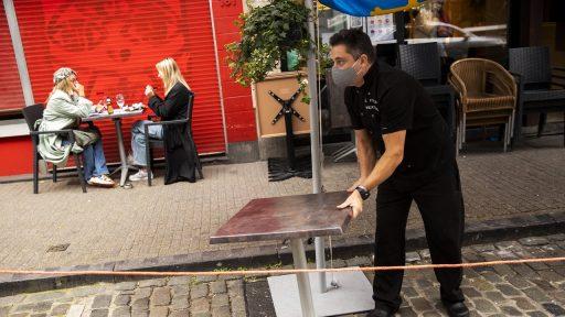 Heropening terrassen: vrijdag beslissing over voorwaarden én sluitingsuur
