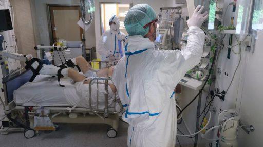 Coronacijfers: Aantal ziekenhuisopnames blijft licht dalen