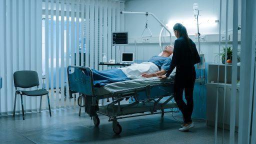 Stijging besmettingen vlakt af, maar steeds meer coronapatiënten in ziekenhuizen