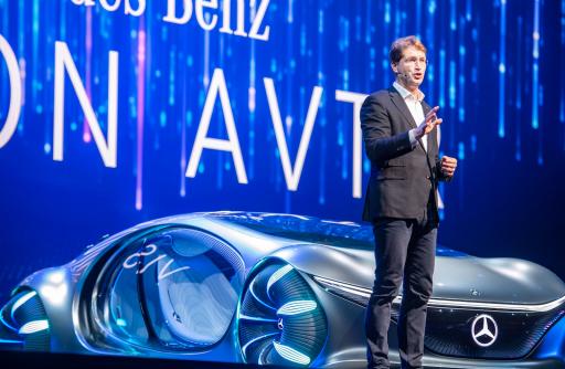 Topman Daimler (Mercedes) waarschuwt voor zwaardere herstructureringen