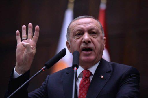 La livre turque poursuit sa descente aux enfers