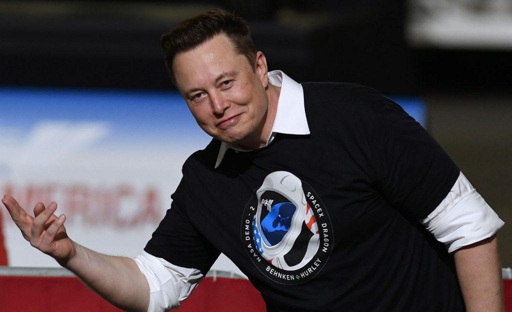 Tesla monte en flèche sur les marchés: Elon Musk parmi les 5 personnes les plus riches au monde