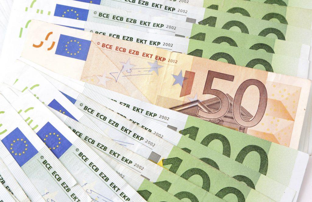 Gemiddeld jaarinkomen Belg is in vijf jaar gestegen met ruim 1.700 euro