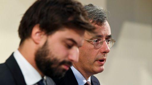 Trio onderhandelaars gaat abortus 'onderling opnemen', Open Vld zet tegelijk druk: 'Nu stemmen'