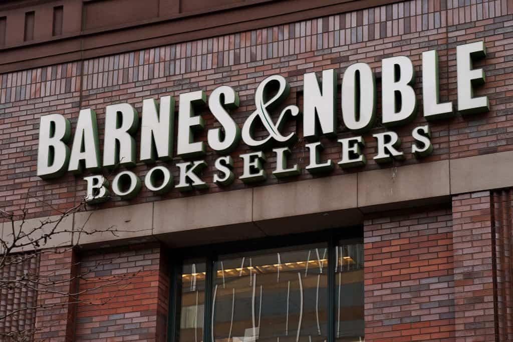 Het logo op een boekenwinkel van Barnes & Noble.