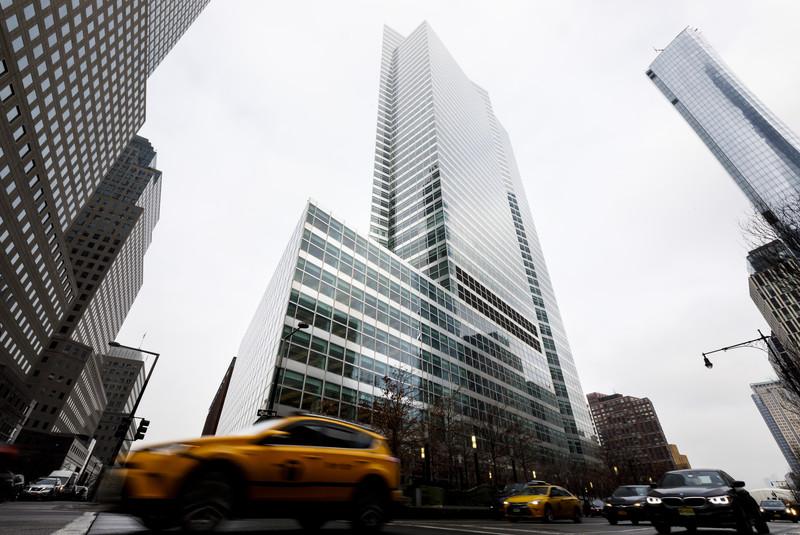 Goldman Sachs paye ses employés au plus bas salaire depuis 10 ans pour développer de nouveaux produits technologiques, tels que l'Apple Card.