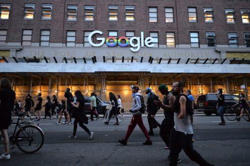 Google past zoeksuggesties aan voor Amerikaanse verkiezingen