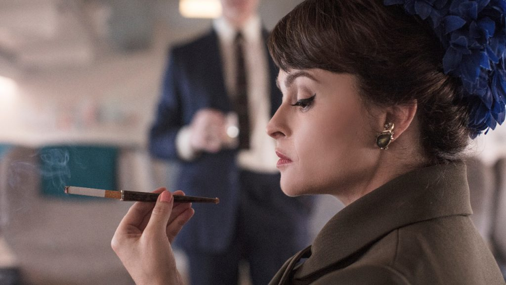 'The Crown'-actrice Helena Bonham Carter (prinses Margaret) benadrukt dat serie fictief is
