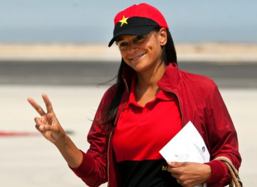 Après le scandale, la femme la plus riche d'Afrique poursuit sa descente aux enfers en Angola