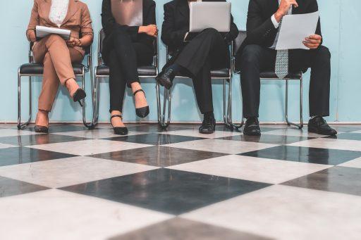 Les IA peuvent se montrer encore plus sexistes que les humains en matière de recrutement