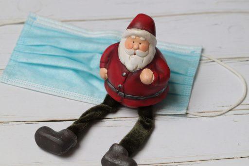 Noël en petit comité ou… en été? La Belgique réfléchit aux Fêtes, au temps du Covid