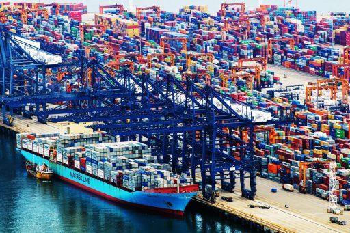 Nieuwe Covid-uitbraken in Chinese havens kunnen wereldwijde goederentekorten veroorzaken