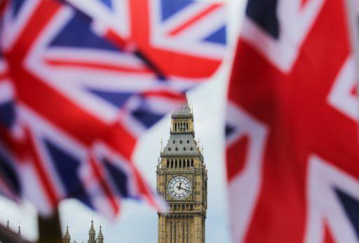 Le Royaume-Uni annonce officiellement une récession record de 20,4% !